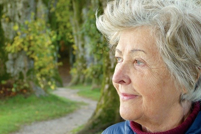 Coping with Emotions When a Senior Moves to Assisted Living